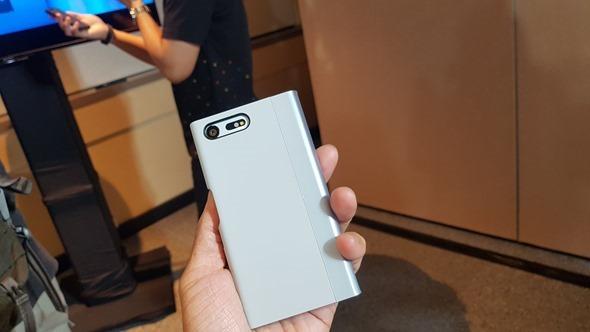 IFA 2016/Sony 的質感都找回來了!全新旗艦 Xperia XZ、Xperia X Compact 20160901_200804