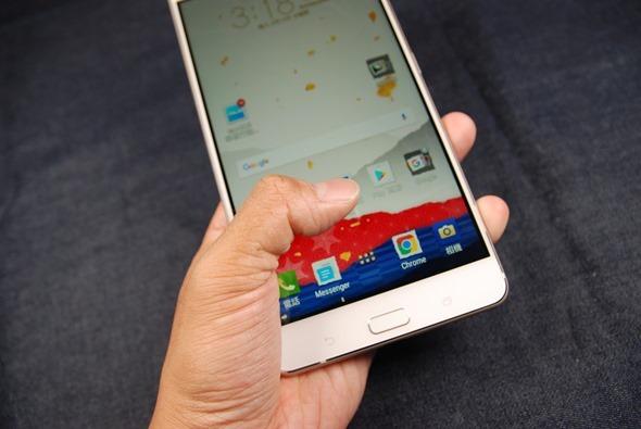 最符合影音娛樂需求的大螢幕智慧手機:華碩 ZenFone 3 Ultra DSC_0050