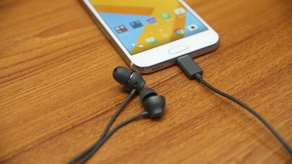 HTC 10 evo 評測/延續光雕設計,支援IP57防水的大螢幕全金屬機身手機 IMG_5352