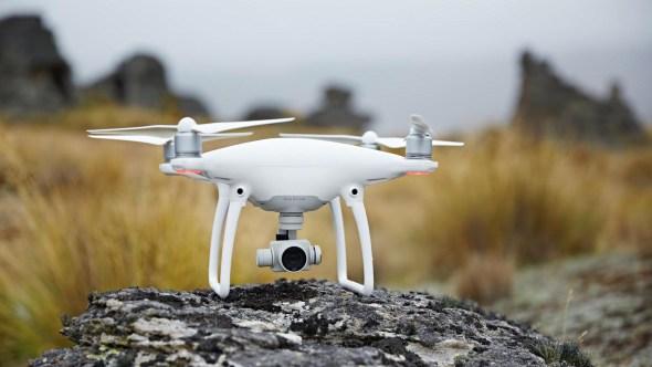 歡慶黑色星期五,DJI 空拍機超低價限時優惠,15,000元輕鬆入手 Phantom-4-Action-5-1-590x332