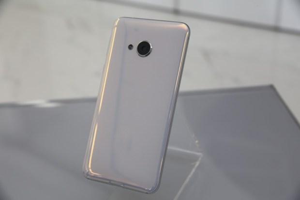 HTC推出U Ultra與U Play雙旗艦新機,搶眼外型設計前所未見 IMG_5506