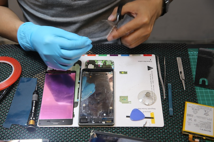 """""""巷子裡""""的台南專業手機平板維修中心 找 RENEW 就對了! IMG_5570"""