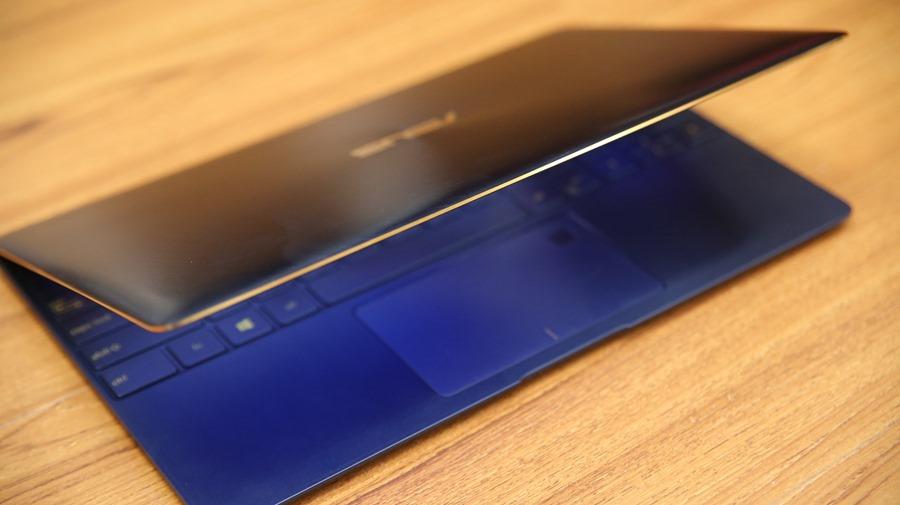極度輕薄!ASUS ZenBook 3 UX390UA(皇家藍)開箱評測 IMG_5703