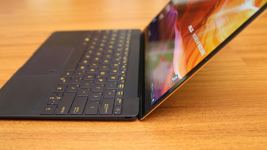 極度輕薄!ASUS ZenBook 3 UX390UA(皇家藍)開箱評測 IMG_5735