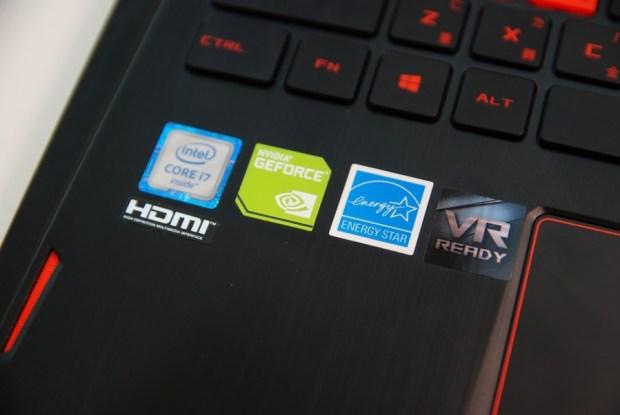 滿滿的效能帶在身上! ASUS ROG STRIX GL502VM 電競筆電輕鬆玩 VR,給你滿滿的大效能! DSC_0072