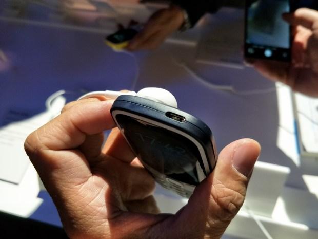 全球矚目!新 Nokia 3310 強勢復刻,發表現場動手玩心得 IMG20170226174257-900x675