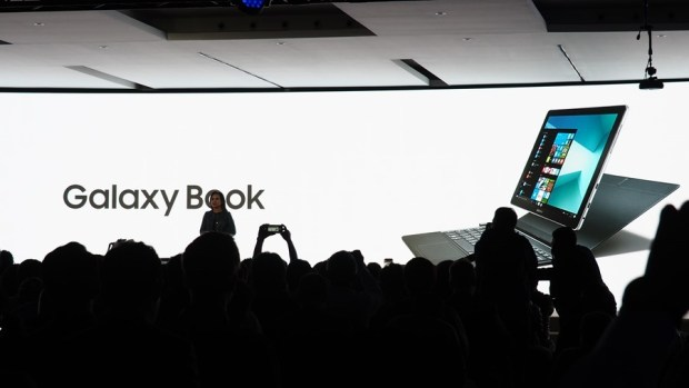 三星發表 Galaxy Tab S3 及 Galaxy Book 2合1平板電腦,S Pen 更好用 P2270553