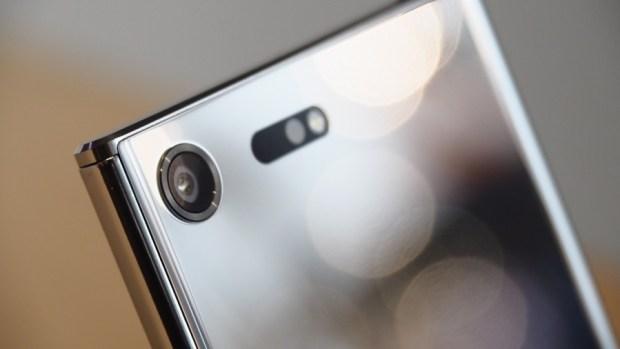 Sony 新旗艦 Xperia XZ Premium、Xperia XZs 終於發表!中階 Xperia XA1、XA1 Ultra 同步亮相,今年第一季上市 P2280878-900x506