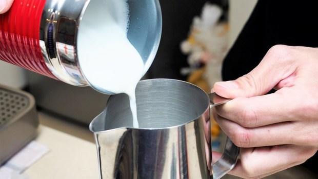 喝就對了! NESPRESSO 咖啡膠囊減少 97% 咖啡因,享受咖啡更放心! 母親節優惠價格殺很大 4061472