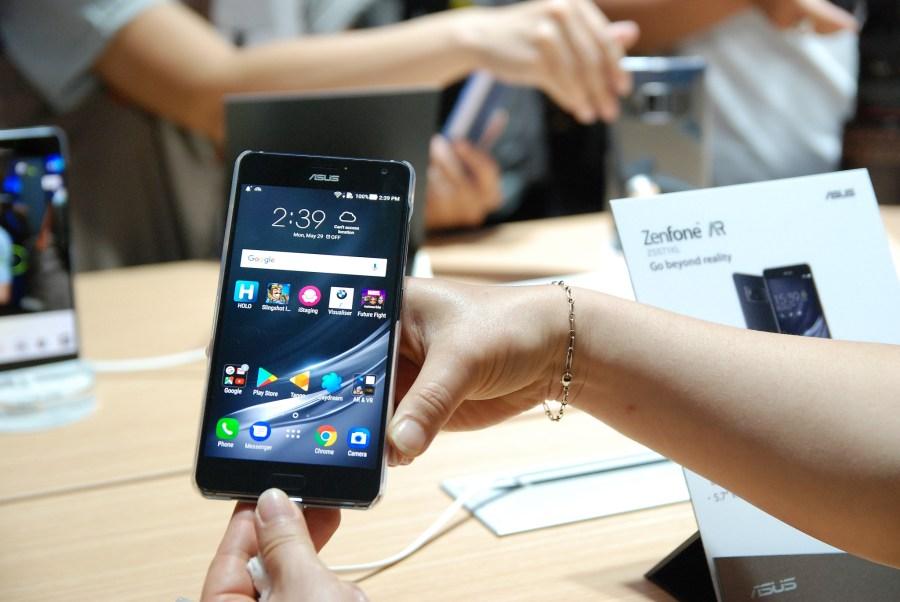 華碩 2017 新品筆電、手機大量公開!高效輕薄超亮眼 DSC_0122-900x602