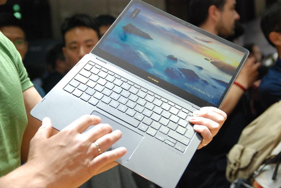 華碩 2017 新品筆電、手機大量公開!高效輕薄超亮眼 DSC_0137-900x602
