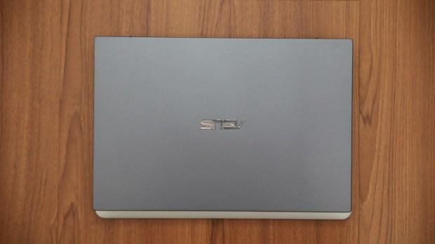 ASUSPRO B9440 全球最輕薄的14吋商務筆電開箱評測,10小時電力續航出差超方便! IMG_6597