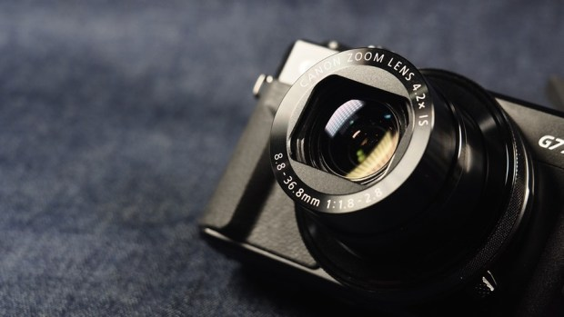 輕薄隨身高階數位相機 Canon PowerShot G7X Mark II 評測,參加神腦線上年中慶再送更多好禮! 7170027-1