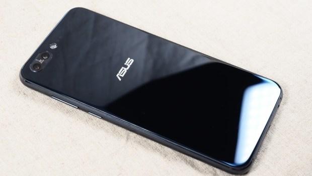 孔劉來了!Zenfone 4 系列手機正式發表,每隻都是旗艦級相機,超狂! (含售價資訊) 8120342-1