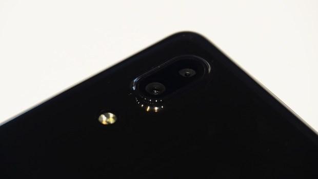 日系品牌 SHARP 推出無邊框新機 AQUOS S2,多項特色極似傳說中的 iPhone 8 8150400