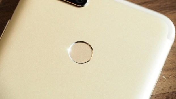 小米全新雙鏡頭手機 Mi A1 強勢登場!!首支搭載 Android one 系統,不到七千元 P9051061