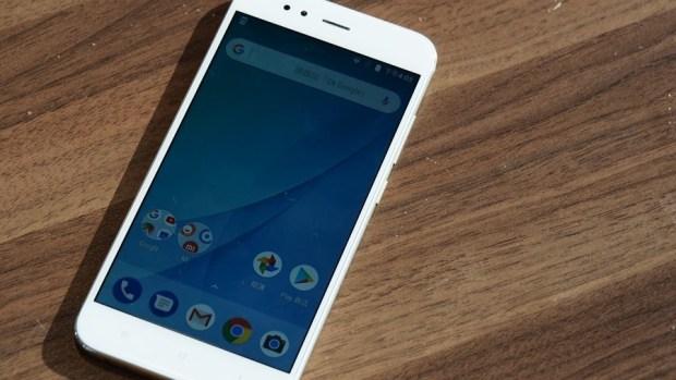 小米全新雙鏡頭手機 Mi A1 強勢登場!!首支搭載 Android one 系統,不到七千元 P9051062