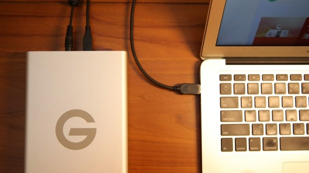 G-Technology G-Drive USB-C 外接硬碟評測,擴充容量同時還能幫筆電充電,支援 Time Machine備份 IMG_7383