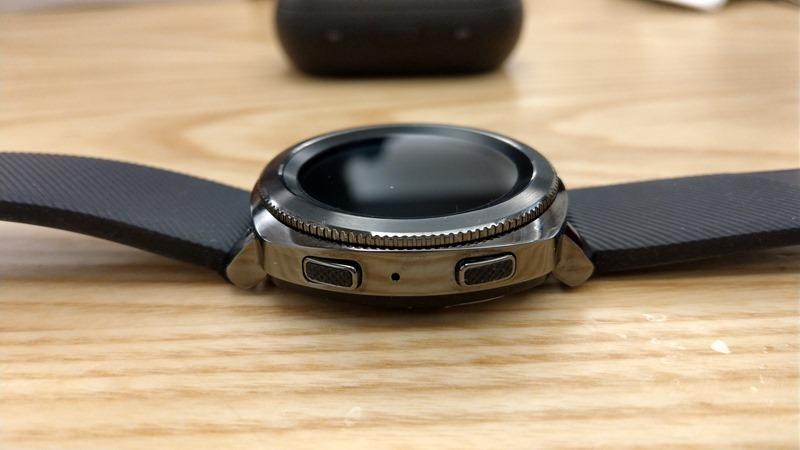 Samsung Gear Sport 開箱評測,兼具運動貼身教練與智慧手錶的時尚組合 IMAG0887