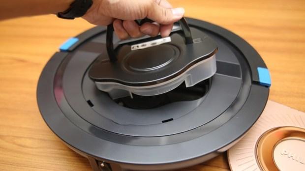 [史上最便宜] 飛利浦掃地機器人(FC8776/31)推薦,超薄機身家具底下空間輕鬆深入清潔 image021