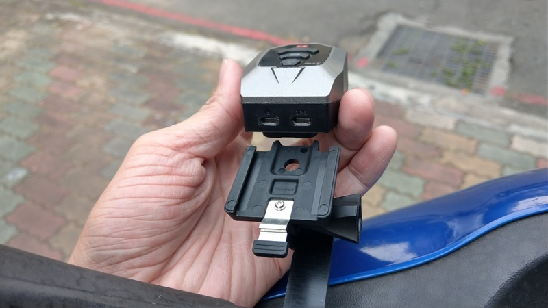 推薦「大通B52X機車跨界行車紀錄器」,IPX5防水、1296P超高畫質內建電池可錄2.5小時 IMAG1258