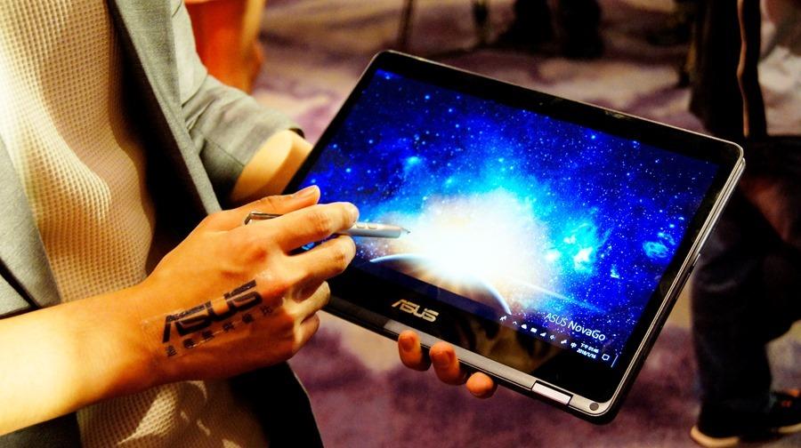 22小時超長續航、隨時連網,全球第一台 Gigabit LTE 筆電 Asus NovaGo DSC7538