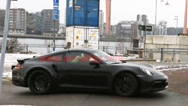 新一代 Porsche 911 Turbo 間諜照曝光 porsche-992-turbo-1-copy-1