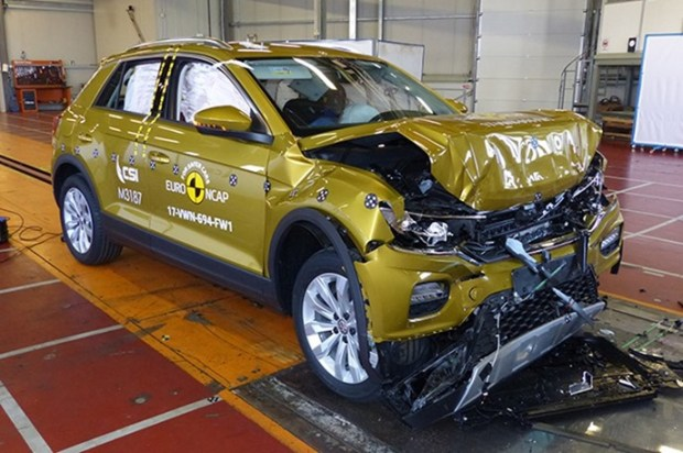 Euro NCAP 2017年度各級距最佳安全車款,你的車有上榜嗎?! vw_t_roc_2017_FrontWidth