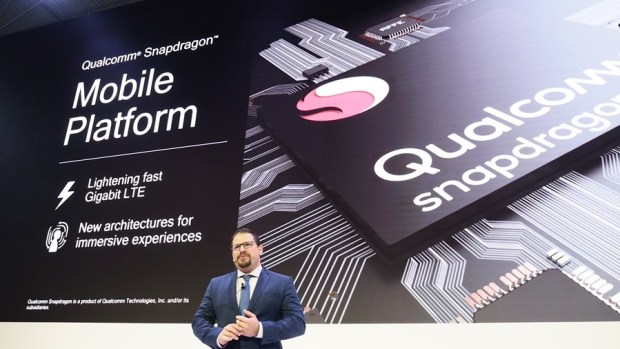 [MWC 2018] 突破邊界,第一款支援 4K HDR 攝影的手機來了!它是 Xperia XZ2 2263187