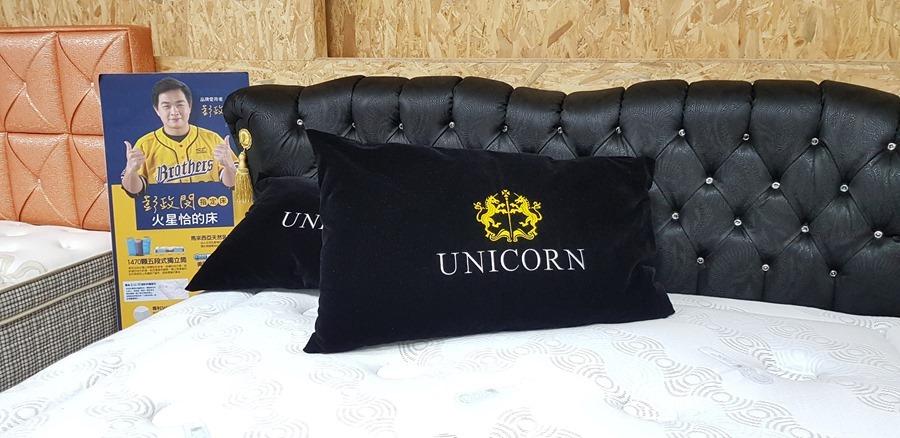 [床墊推薦] 德瑞克頂級馬毛床墊,再翻都不會吵醒枕邊人 20170913_171422