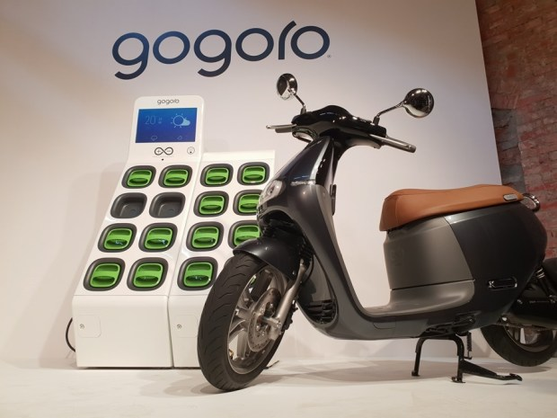 Gogoro 反將一軍:前進東部、充電站加倍、推出 GoCharger Mobile 充電器 20180330_102456