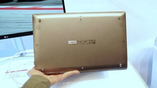 LG gram 筆電登台,這麼輕根本不科學! DSC8002