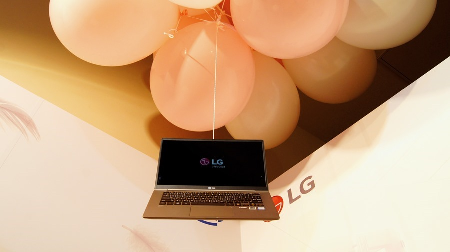 LG gram 筆電登台,這麼輕根本不科學! DSC8072