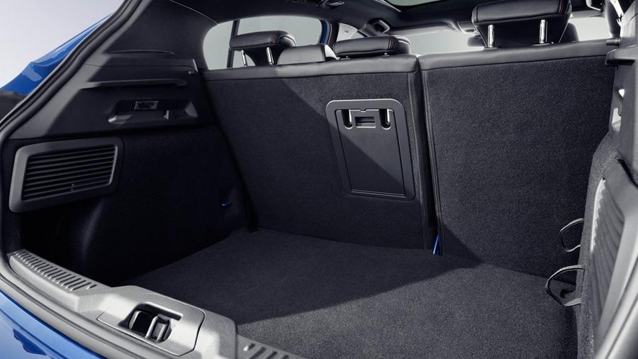 全新大改款 Ford Focus 第四代全面進化,跳脫你過往的印像 17
