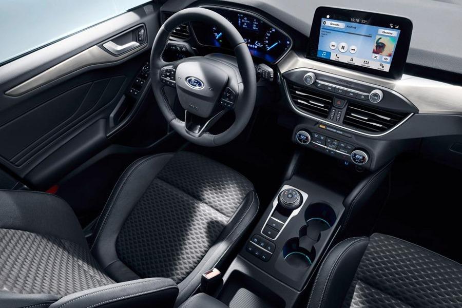 全新大改款 Ford Focus 第四代全面進化,跳脫你過往的印像 ford_2018_focus_titanium_studio_13