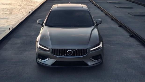 全新第三代 Volvo S60 正式發表,只有汽油與油電混合動力選項 230768-new-volvo-s60-inscription-exterior-1