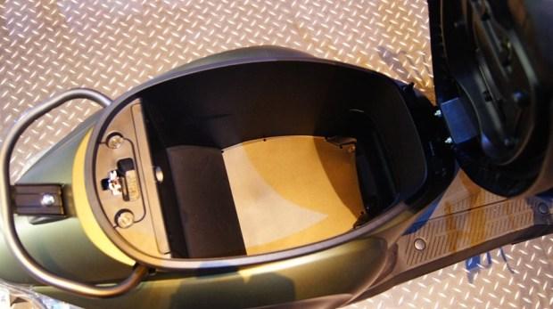 [實測]光陽 iONEX 電動機車體驗,還是比較適合短途代步 DSC0118