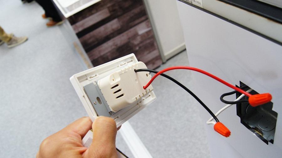 隆怡工業展出 Aurora 智慧開關,讓家裡輕鬆變為「智慧宅」(支援 HomeKit) DSC9940