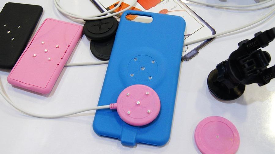 是手機保護殼,也是充電裝置,磁吸式手機充電保護殼 DSC9995