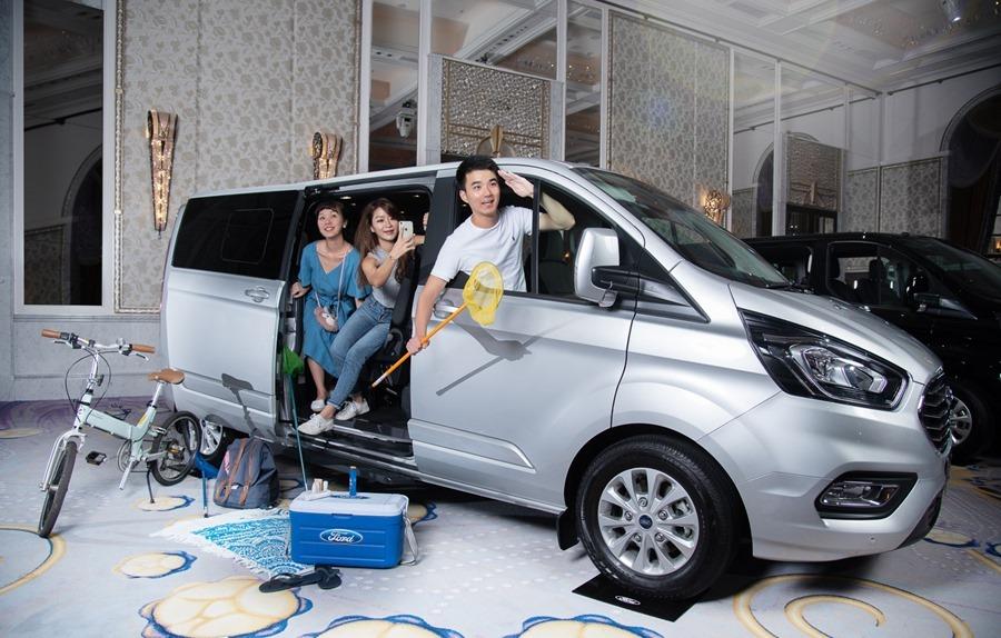 Ford Tourneo Custom 小改款上市,新增短軸版商旅車 %E6%97%85%E8%A1%8C%E5%AE%B68