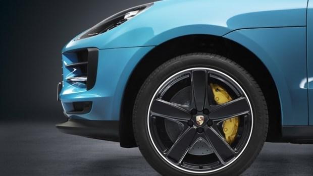 持續進化的猛虎,Porsche Macan 改款質感加成 2019-porsche-macan-blue-06-1