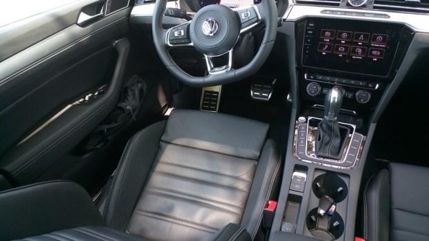 熱血爸爸別亂試,試了就回不去了,VW Passat Variant 380 TSI R-Line Performace IMAG1149