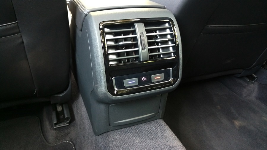熱血爸爸別亂試,試了就回不去了,VW Passat Variant 380 TSI R-Line Performace IMAG1150