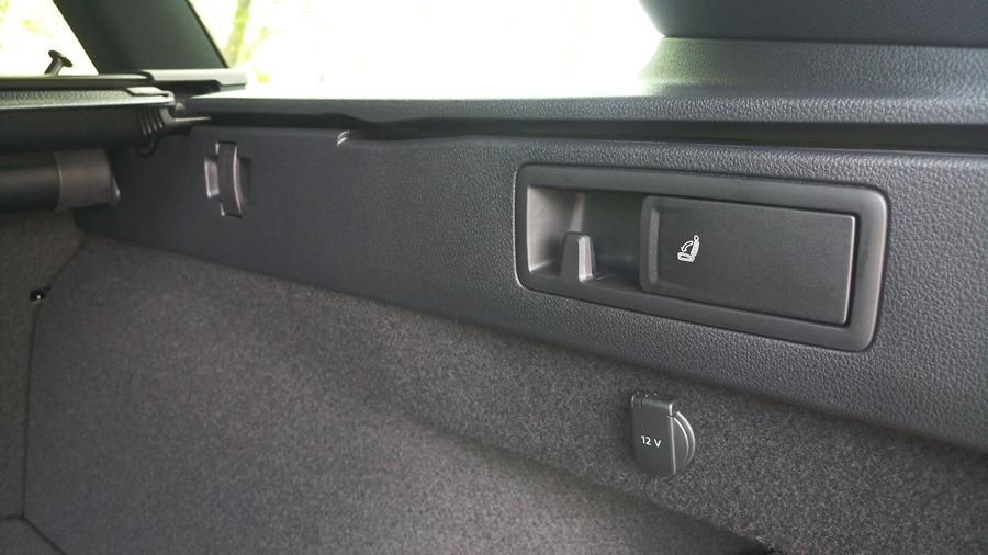 熱血爸爸別亂試,試了就回不去了,VW Passat Variant 380 TSI R-Line Performace IMAG1169