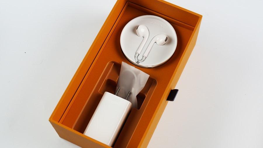 OPPO Find X 評測:真正的全面螢幕手機來囉!獨特酒紅質感,散發科技和貴氣風格 8174923