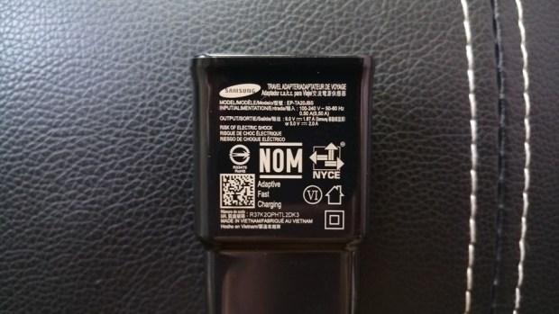 [實測] 可為你的信仰充值的小米無線充電器 IMAG1316