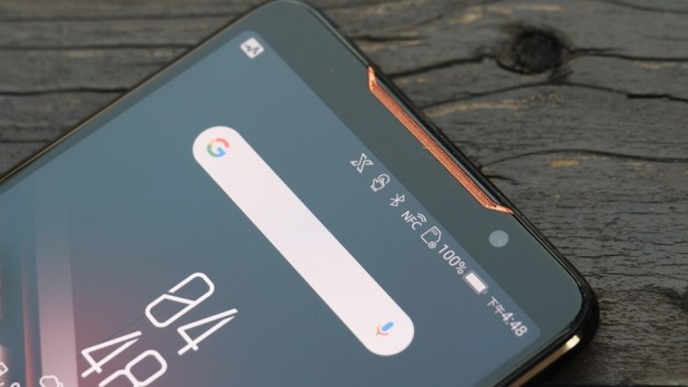ROG Phone 開箱、評測:2018 年度最有梗、為「贏」而生的電競手機 9305380