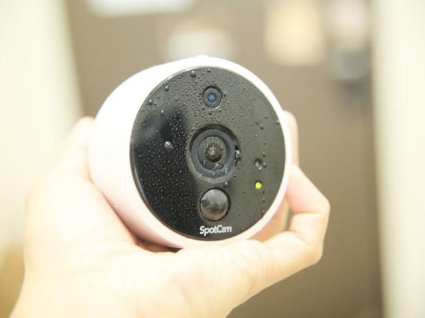 SpotCam Solo 全無線雲端HD攝影機,IP65 防水防塵室內外都能輕鬆安裝 image039