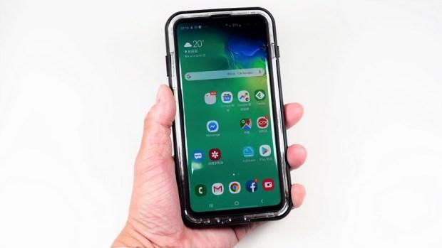 手機防護就找 OtterBox、LifeProof!專為 Galaxy S10+ 開發的手機保護殼來囉! 4160053