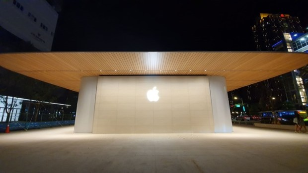 台灣第二間 Apple Store「信義 A13」亮相!Macbook Air 造型屋頂設計,預測暑假開幕 (有現場照片) 60818857_504501296953069_9036929993321480192_n